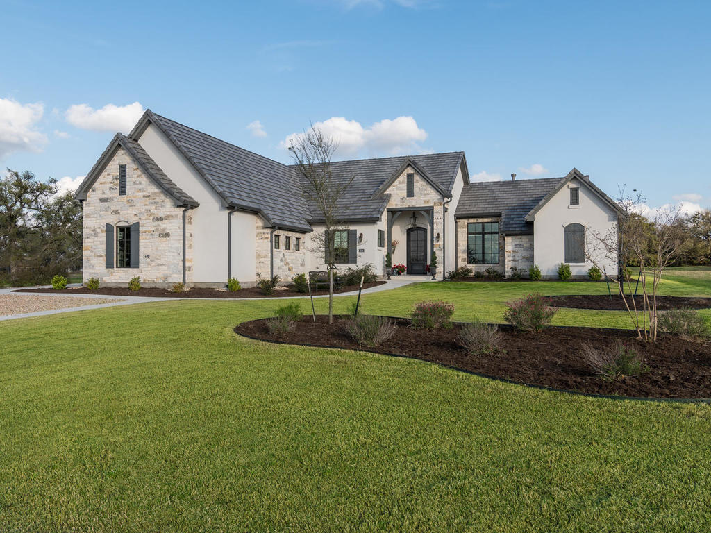 One Story Luxury Home In Cimarron Hills